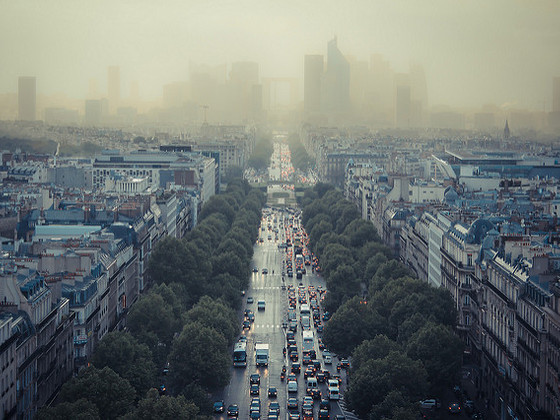 main_Paris_smog